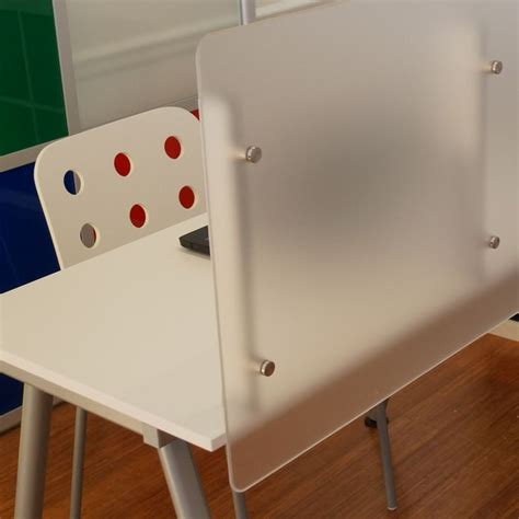 Cheap Desk Dividers by 1000 Ideas About Desk Dividers On Open Office