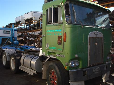 trade trucks kenworth 1990 kenworth k 124 k100 e dismantling trade trucks