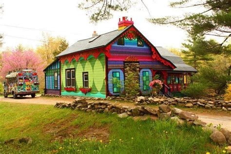hippie house hippie house i d like to live here buildings rooms pinterest home colors