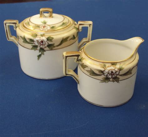 High Quality Handpainted Gold Bird Cup And Plate Nippon Handpainted Dinner Set With Plates Cups