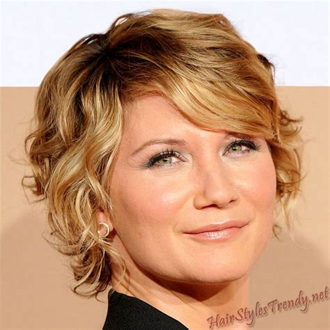 haircuts for older women with long faces hairstyles short curly hairstyles for long faces for older