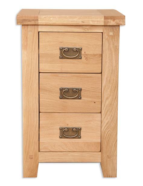 chunky oak bedroom furniture hton natural bedroom chunky oak 3 drawer bedside