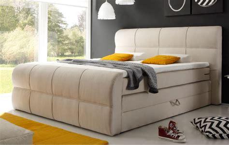 schlafzimmer bett mit bettkasten boxspringbett dekor schlafzimmer