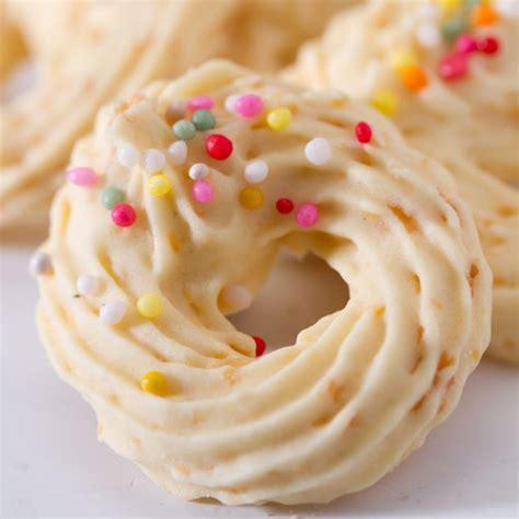 buat kue kering sagu keju resep kue sagu keju favorit di hari raya