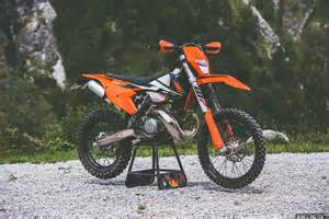 Ktm Exc 2017 Ktm Exc 300 Look Review Derestricted