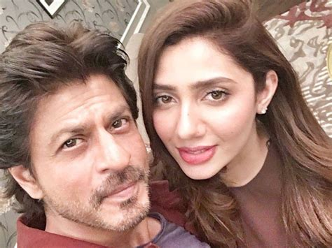 One Story Farmhouse Mahira Khan Wishes Shah Rukh Khan In The Most Adorable Way
