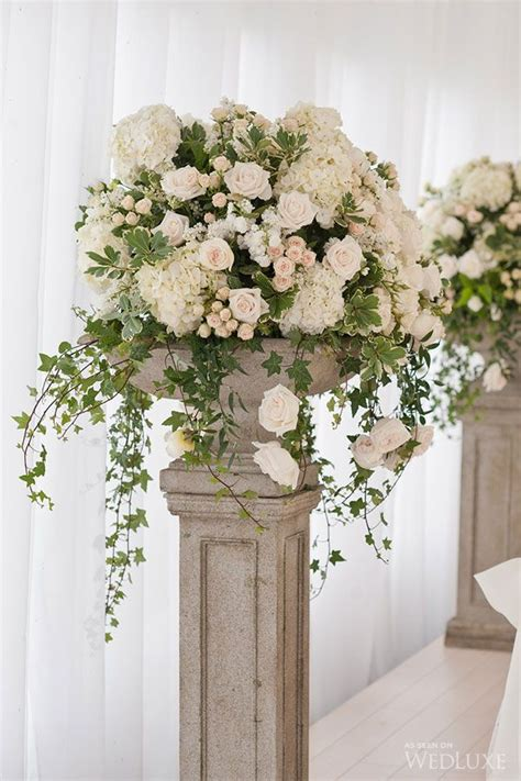 big wedding flower arrangements 25 best ideas about altar flowers on