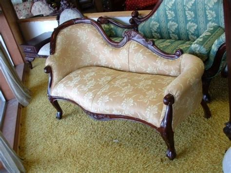 victorian settee for sale craigslist pretty victorian fainting couch antique pinterest