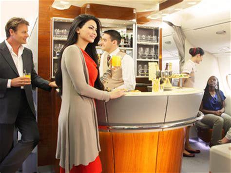 ufficio emirates roma volare a dubai con l airbus a380 della emirates dubai