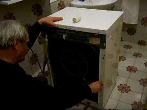 Come Cambiare La Guarnizione Dell Oblò Della Lavatrice by Come Cambiare La Spazzola Di Carbone In Una Lavatrice