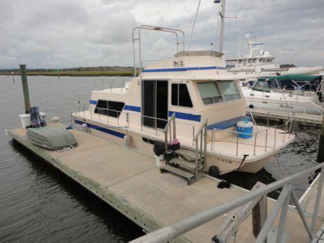house boat rental miami 1993 38 foot holiday mansion coastal barracuda houseboat