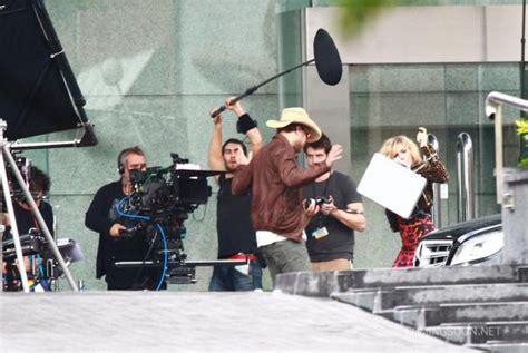 film lucy acteurs lucy photos de tournage avec scarlett johansson pour luc