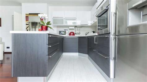 cocinas en blanco y gris cocina blanca y gris hogarmania