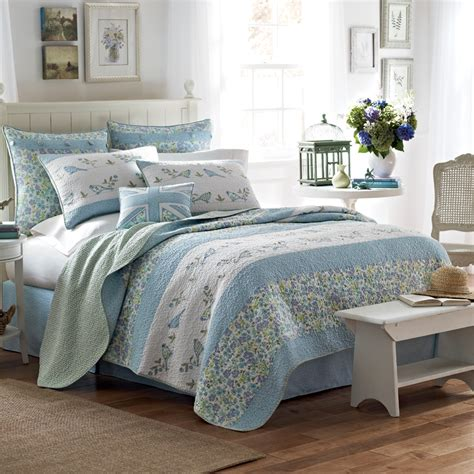 quilts comforters laura ashley birds and branches quilt from beddingstyle com