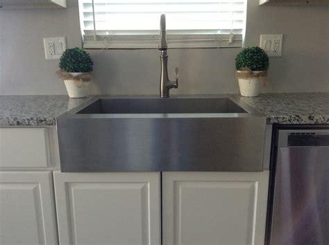 Decor: Top Mount Farmhouse Sink For Tremendous Kitchen