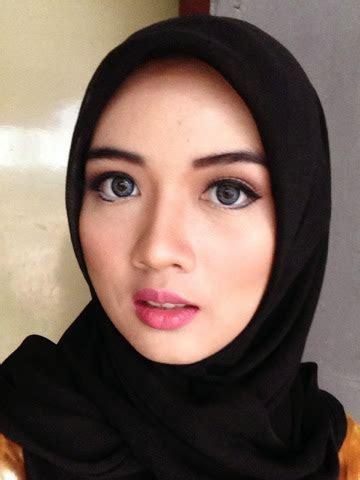 tutorial cara make up sehari hari beauty by dessy qubil make up sehari hari yang cocok