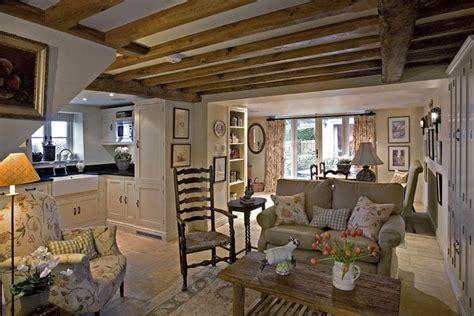 london interior design cottage  garden home party