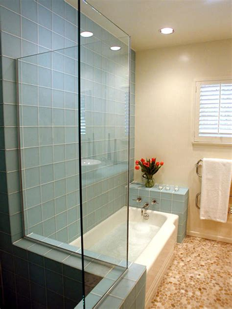 Colored Shower Stalls by Ideas For The Small Shower Room