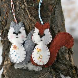 Squirrel Christmas Ornament - free felt patterns free felt pattern gt woodland squirrel ornament
