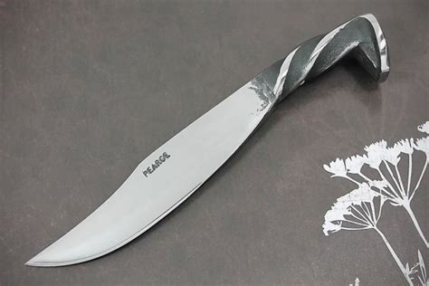 knife selling website this is selling awesome knives made from everyday