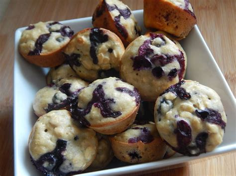 mini blueberry oatmeal muffins drizzle me skinny drizzle me skinny