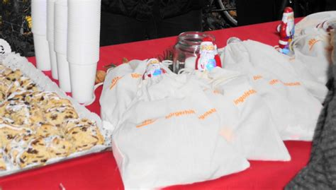 tafel ingolstadt nikolausaktion bei der ingolst 228 dter tafel b 252 rgerhilfe