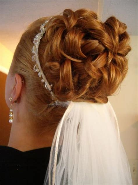 wedding bob hairstyles 2012 wedding hairstyles veil tiara bob hairstyles