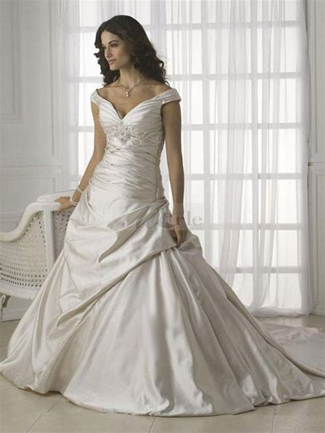 best wedding dress for hourglass figure   How To Choose