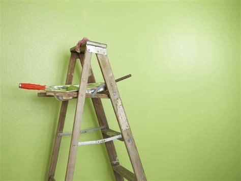 quanto costa imbiancare un appartamento pitturare casa brescia montichiari tinteggiatura pareti
