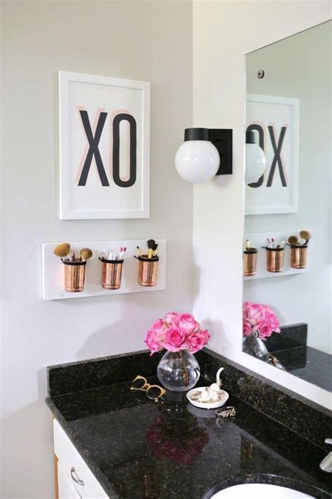 Apartment Bathroom Hacks Best 25 Bathroom Makeup Storage Ideas On