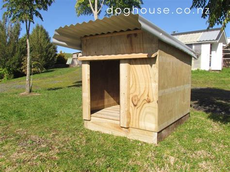 boarding house for dogs 25 best ideas about dog house plans on pinterest dog houses build a dog house and