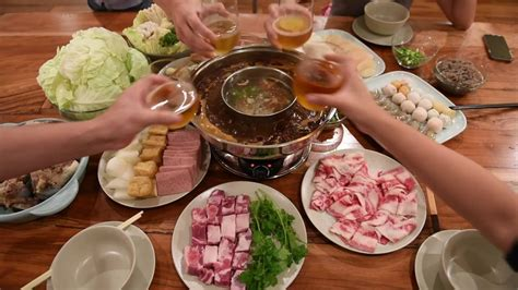 steamboat chinese how to make chinese hot pot spicy plain 2 in 1 youtube