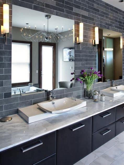 gray  white bathroom   beautiful bathroom