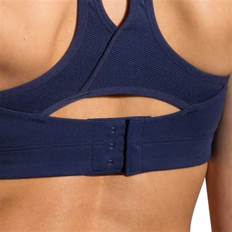 brooks moving comfort brooks moving comfort juno sports bra women s
