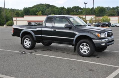 2 Door Toyota Tacoma Find Used 2002 Toyota Tacoma Dlx Extended Cab 2