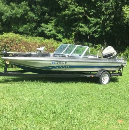 fish and ski boats for sale in nashville tn astroglass fish and ski trade 4 gooseneck trailer 2900