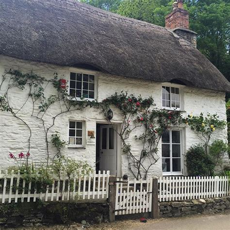 Cottages Helford River Area by 1000 Images About A Cottage In The Country On