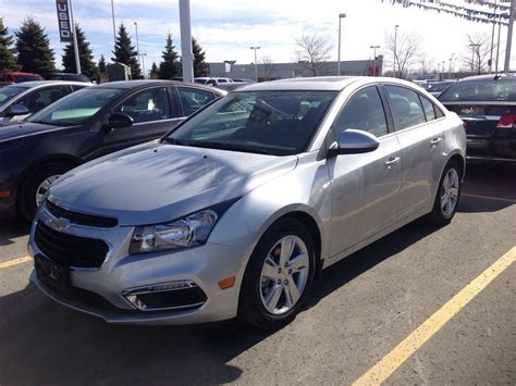 2015 chevy cruze redesign 2015 chevrolet cruze avant pictures information and