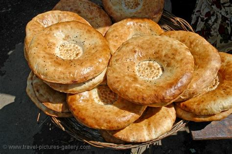 uzbek bread flat pictures of uzbekistan country 0014 the typical flat