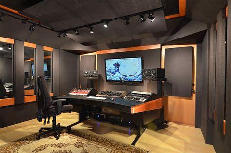home studio decor mixroom