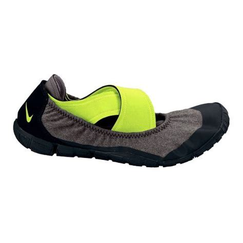 lightweight running shoes with arch support arch support lightweight athletic shoes road runner sports