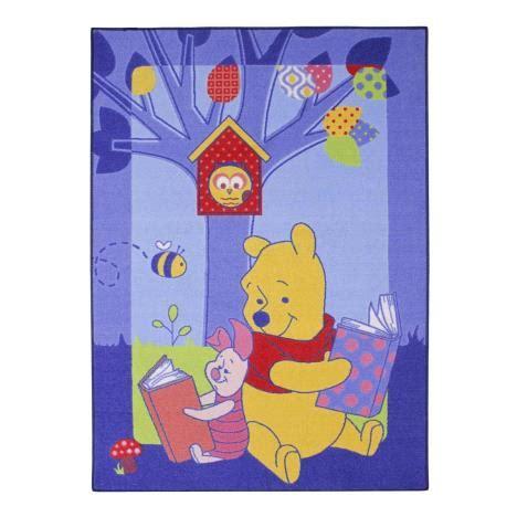 winnie the pooh rug uk winnie the pooh storytime rug 5414956145824 character brands