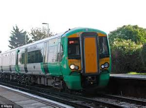 thameslink railway rail commuter fury as firm in safety row axes 350 trains a