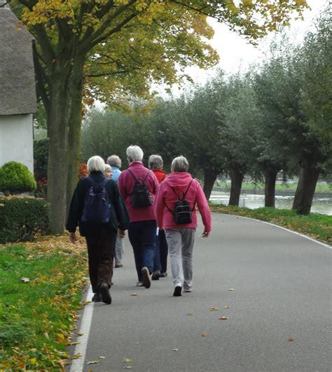 oude wandlen wandelen drenthe zwiggelte vrouwen nu