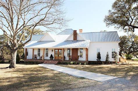 modern farmouse enchanting farmhouse design in the heart of texas by