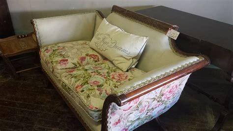 duncan phyfe sofa reupholstered duncan phyfe reupholstered sofa yesteryears forgotten