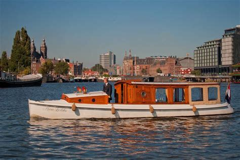boat rental service amsterdamse bos rent 12 persons canal boat marie zurlohe via rent a boat