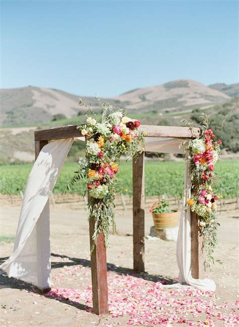how to throw a backyard wedding how to throw a perfectly organized diy wedding in your