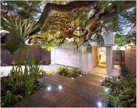desain halaman depan rumah kecil ide desain taman depan rumah tak cantik dan asri