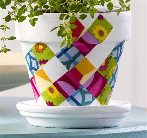 vasi terracotta decorati vasi terracotta tante idee originali per realizzare